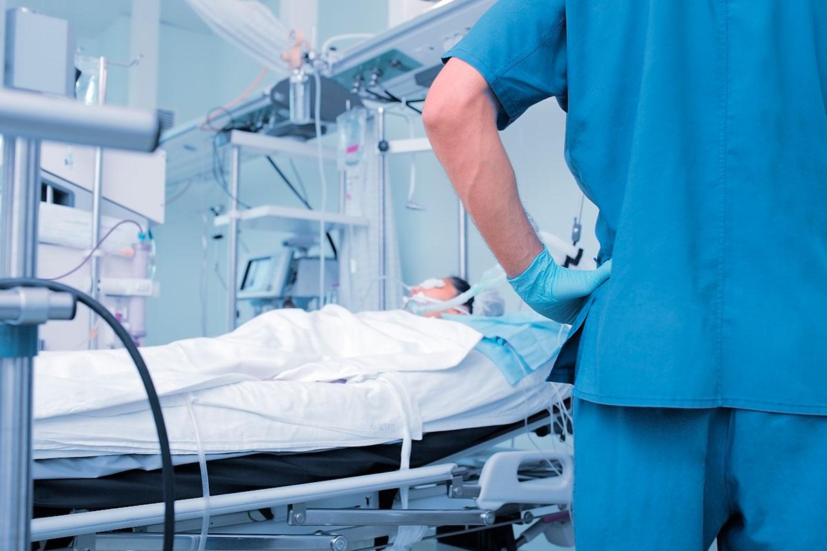 Los profesionales necesitarán más formación para abordar las peticiones de eutanasia, que necesitarán un análisis profundo y en equipo