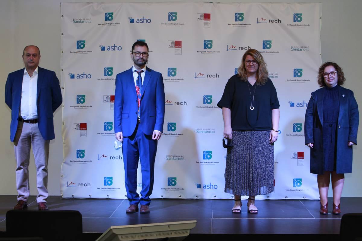 Carlos Sevillano, Toni Hidalgo, Ruth Cuscó e Isabel Sarabia, co-organizadores de los Premios BSH dan la bienvenida a los asistentes al evento.
