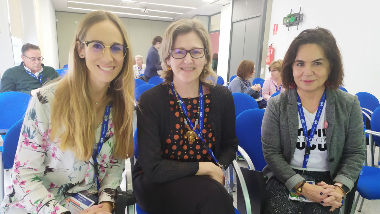 Porta Tormo; Ana Mª Mateos Lardiés, del grupo de Nutrición de Sefac, y De Andrés Dirube, tras impartir el taller sobre pacientes celiacos.