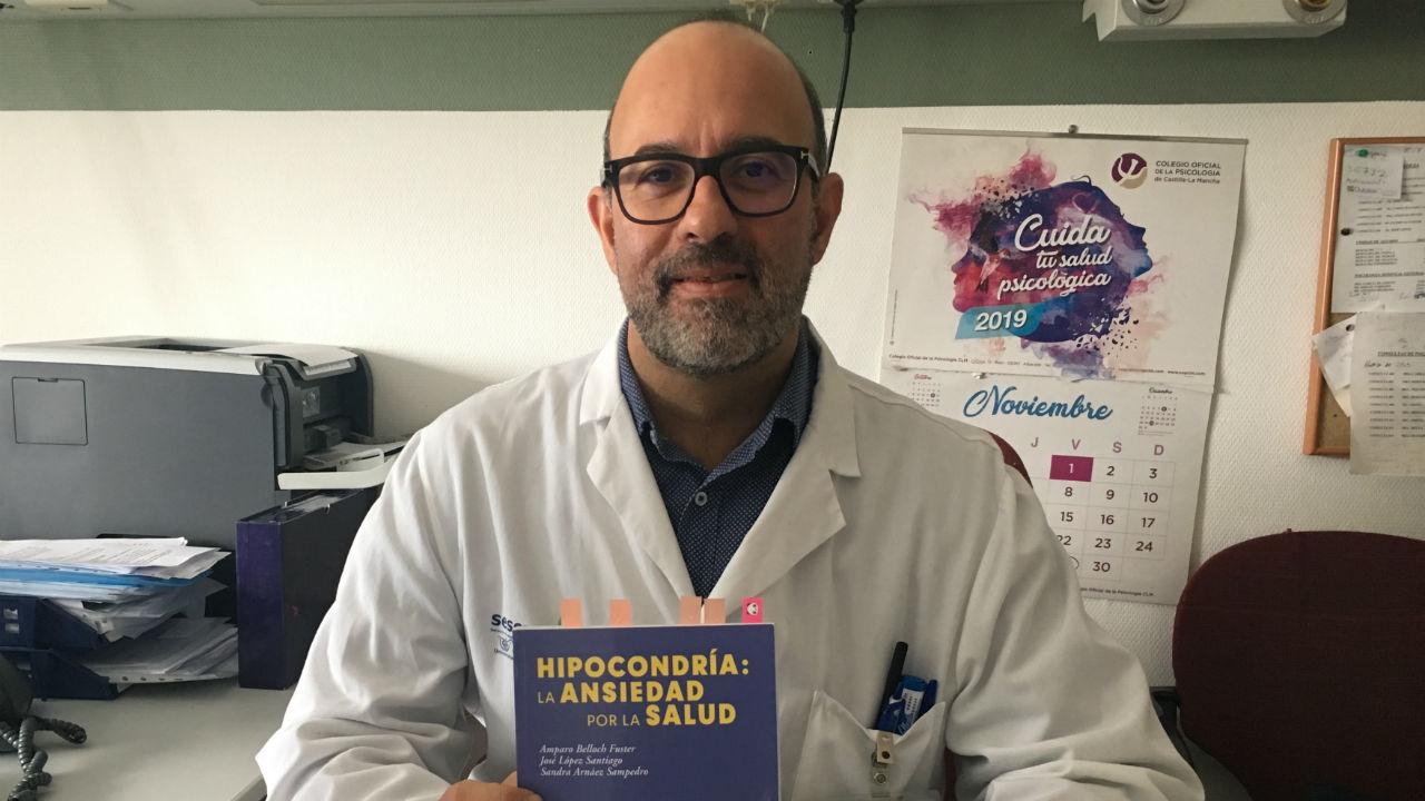 José López Santiago, psicólogo clínico y autor del libro 'Hipocondría: la ansiedad por la salud'.