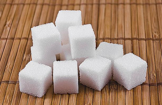 Más azúcares e hidratos en jóvenes que en adultos